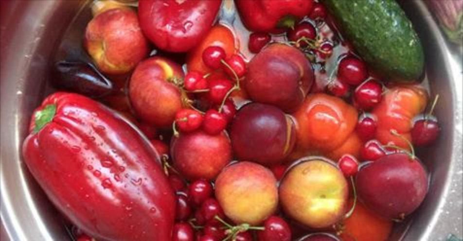Mantimentos com maior contaminação por agrotóxicos, segundo Anvisa