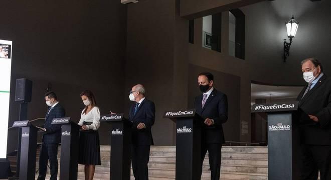 Governo de SP anuncia volta às aulas presenciais em 8 de setembro