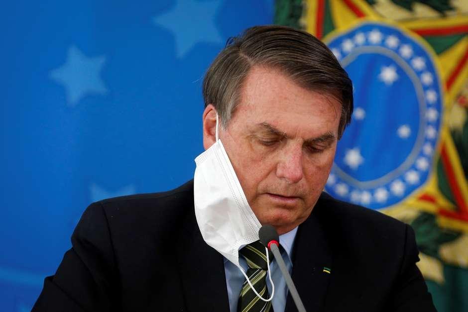 Bolsonaro está com sintomas de Covid-19