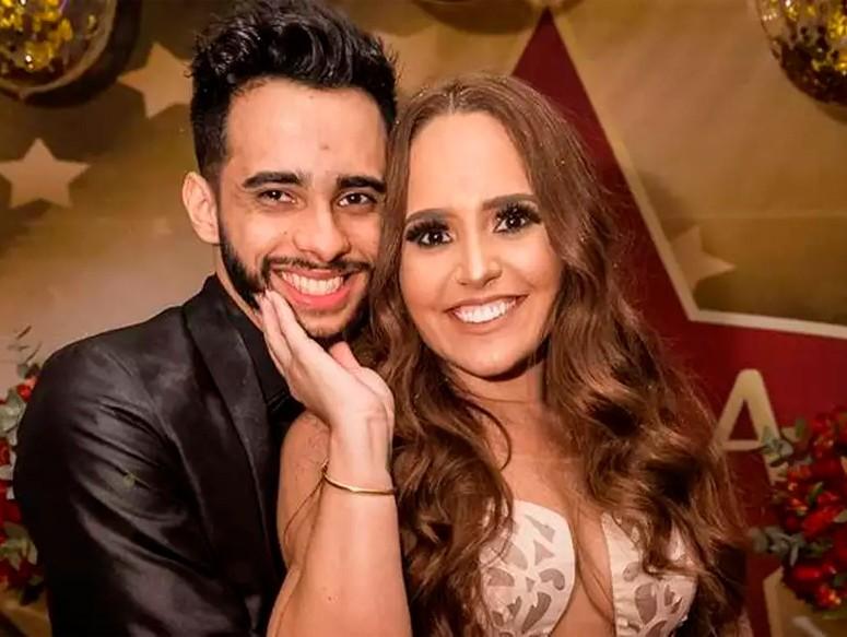 Bomba: ex marido de Perlla diz que a cantora vendia nudes