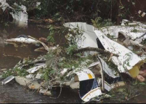 Tragédia! Avião cai e 4 pessoas da mesma família vem a óbito!