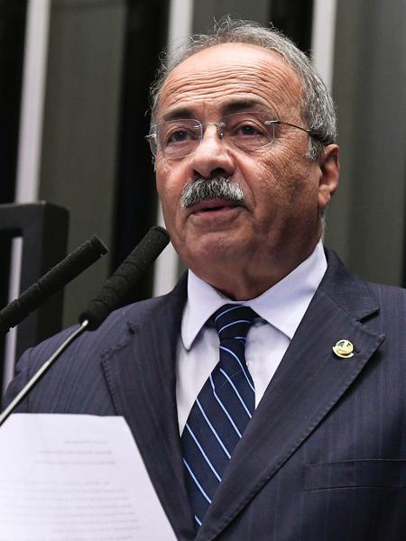 Ex-vice-líder do governo no Senado assina apoio à CPI da covid-19